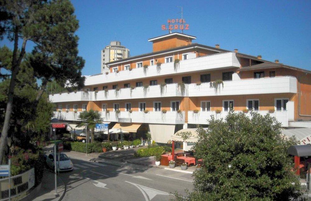 Lignano Hotel Santa Cruz 3 Star In Pineta