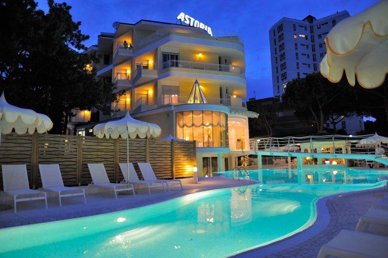 Lignano Hotel Astoria 4 Sterne In Sabbiadoro
