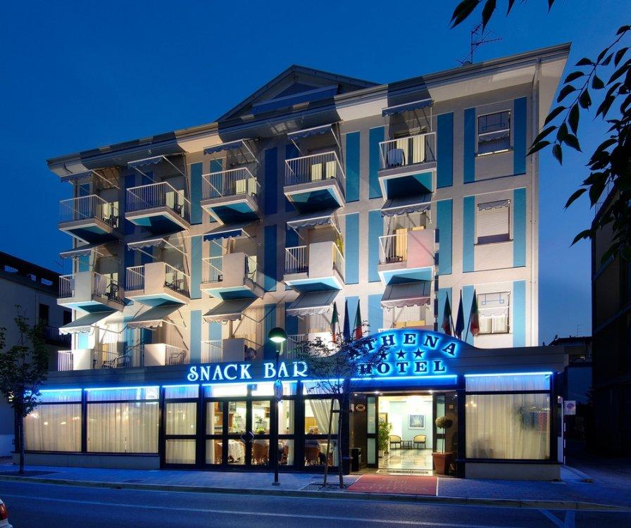 Lignano Hotel Athena 3 stelle, zona Sabbiadoro