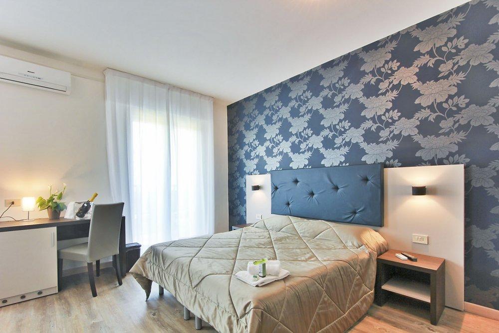 Lignano hotel gambrinus 3 stelle zona sabbiadoro for Design strandhotels
